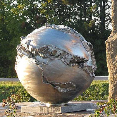 Steel for art: from design to installations