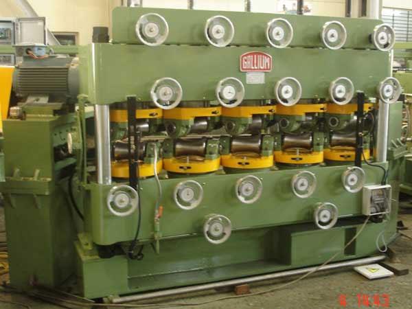 10 CR Straightening Machine