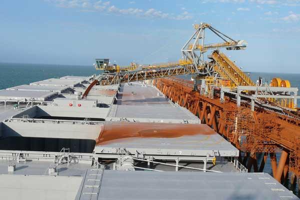 Shiploader PL100 location: Cape Lampert, Australia